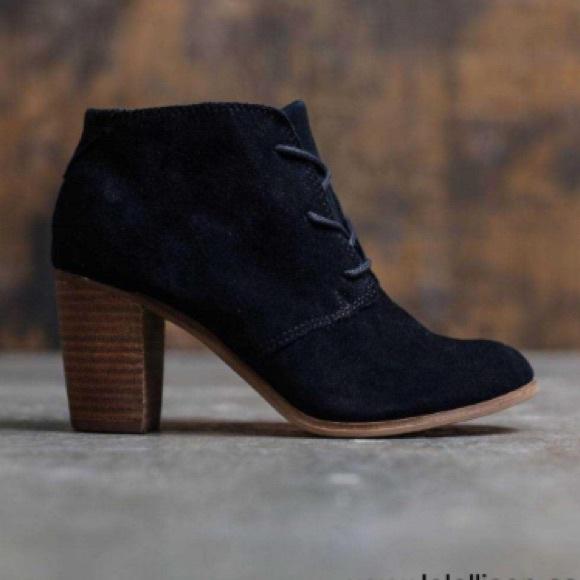 47a8b5cad Toms Shoes   Lunata Lace Up Suede Booties Size 95   Poshmark